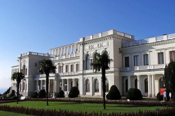Императорские дворцы в Ливадии и Массандре